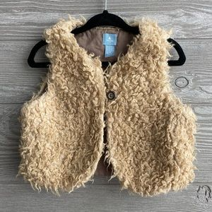 Gap shearling vest size 4